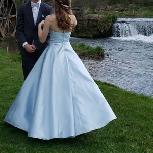 GREAT CONDITION Prom Dress!!
